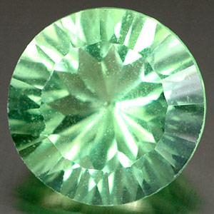 Fluorit Edelstein im Concave Schliff
