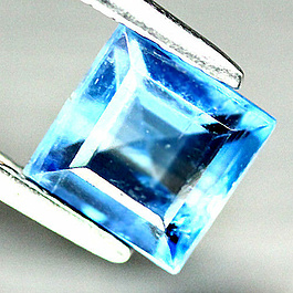 Kyanit Square Blau 5.9x5.9x3.5mm 1.31ct