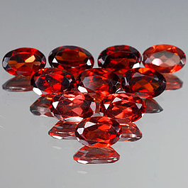 Ovaler Granat Rot 6x4x2.5mm 0.55ct