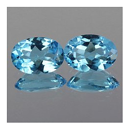 Ovaler Topas Swiss Blue 7x5mm 0.96ct