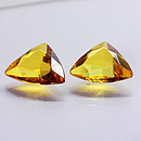 Bernstein Triangle 15x12x7mm 2.0ct